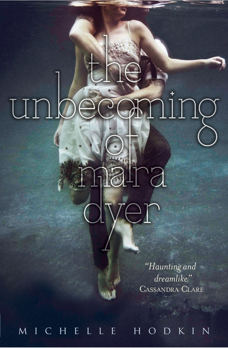 Mara Dyer 1: Unbecoming of Mara Dyer